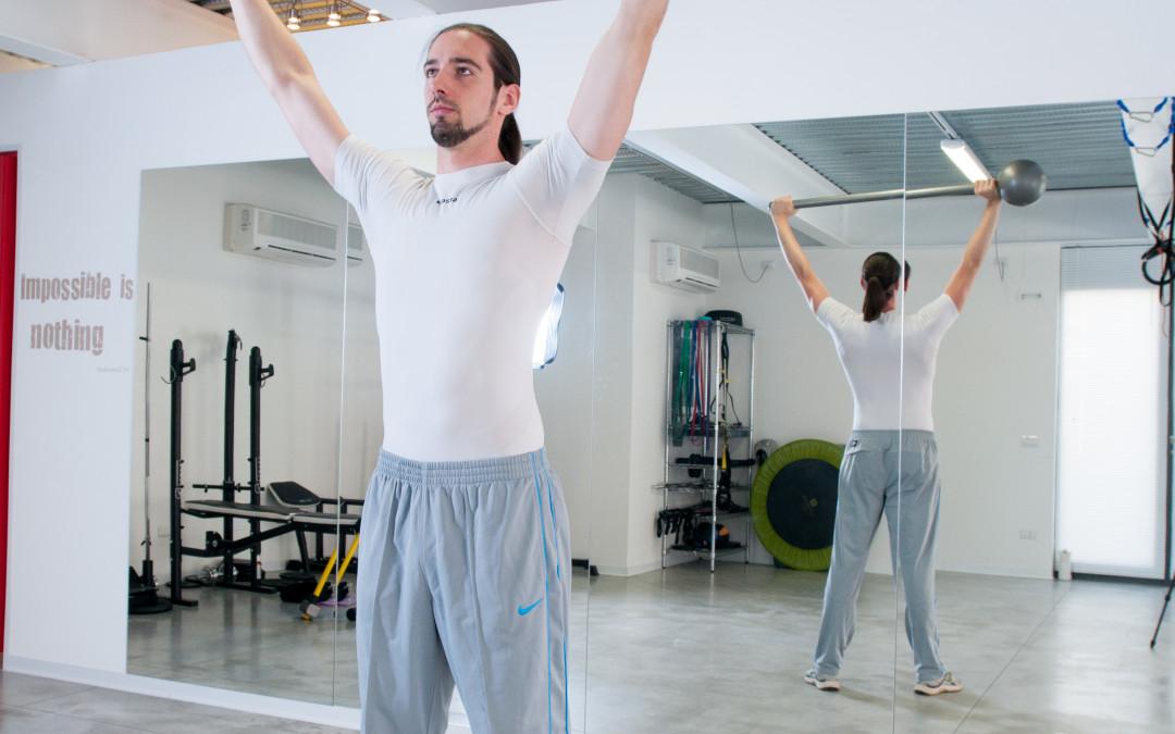 Macebell: 3 esercizi semplici per la parte superiore del corpo